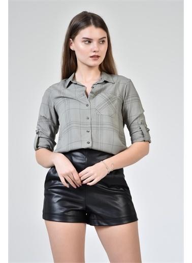 Rodi Jeans Kadın Çizgili Kol Katlamalı Gömlek DS21YB453639 Haki